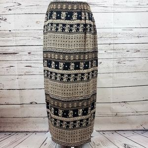 Gorgeous Unique Printed Skirt by Chaus Size 8
